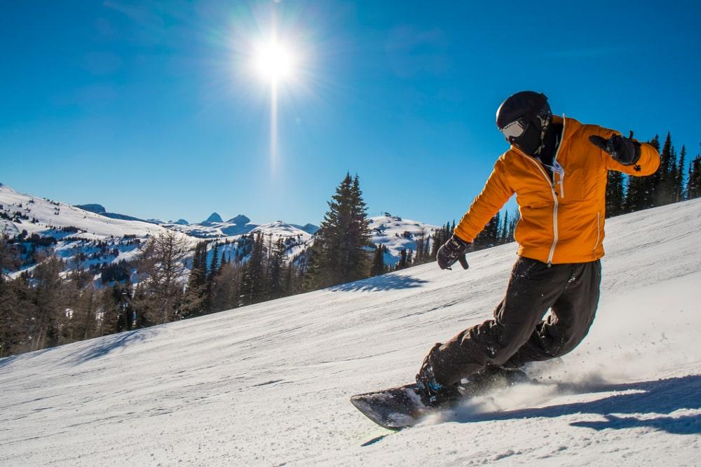 Jak dbać o deskę snowboardową?