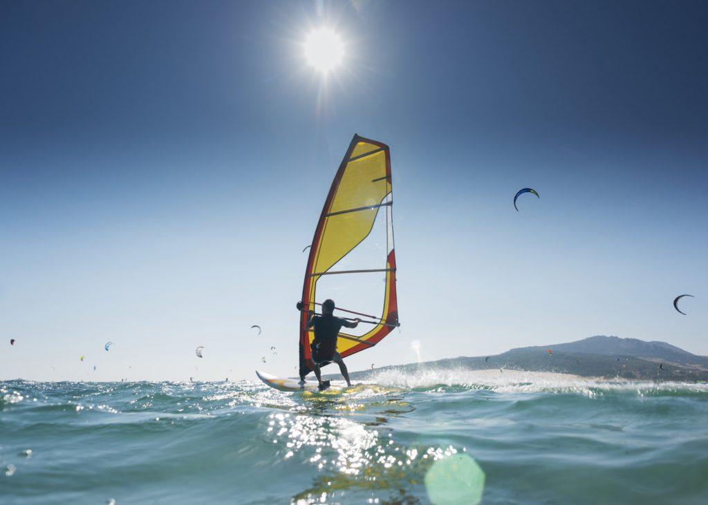 Obóz windsurfingowy dla dorosłych. Naucz się od podstaw