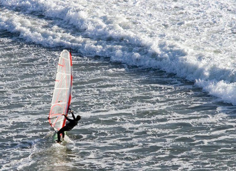 , Gdzie można uprawiać windsurfing w Polsce?