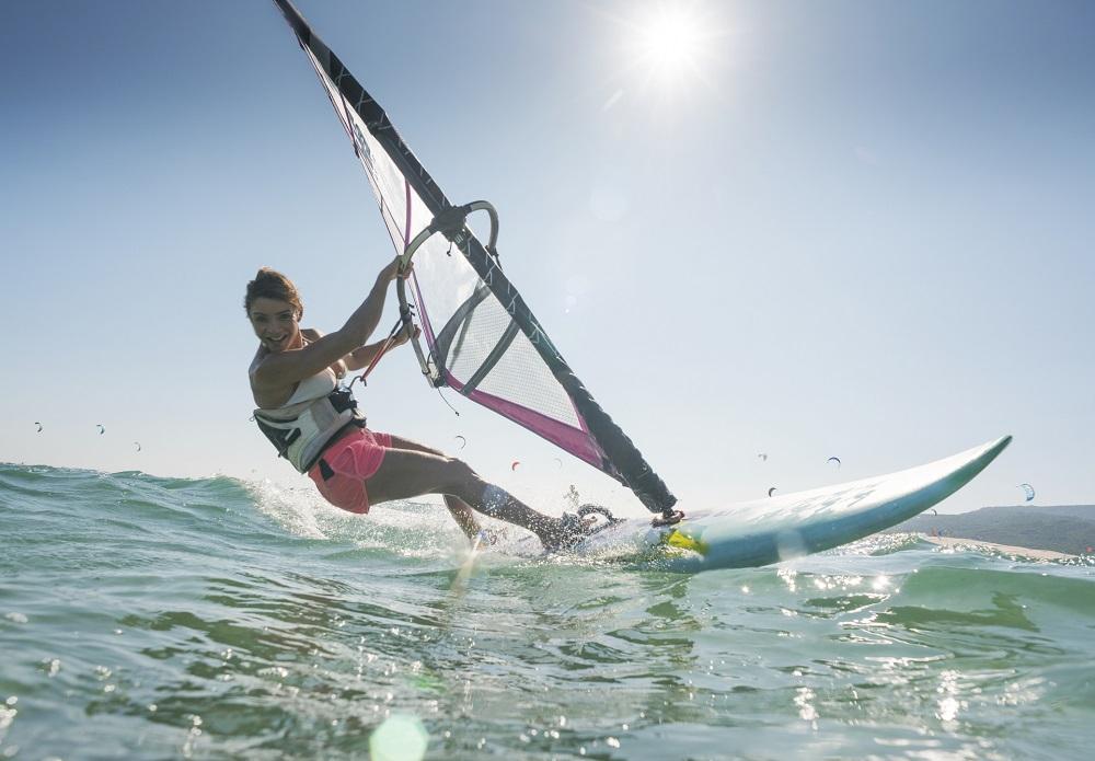 Jak wybrać odpowiednią deskę windsurfingową?
